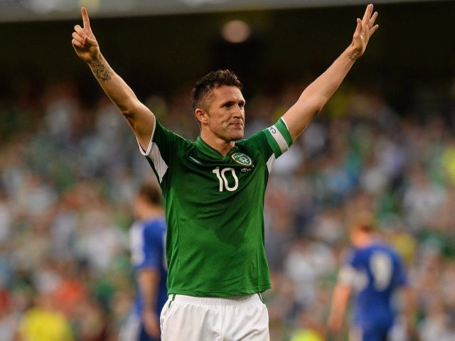 http://relayexpress.ie/wp-content/uploads/2016/08/Robbie-Keane-Retires-640x480.jpg